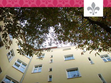 HOCH OBEN UND MITTENDRIN: VERMIETETE 4-ZIMMER-DACHGESCHOSSWOHNUNG IM WEDDING, 13351 BERLIN, Dachgeschosswohnung